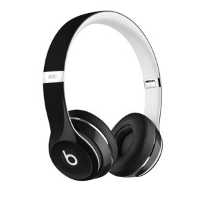 beats-solo2-luxe-edition-black-rgb-thrqtrlft-screen